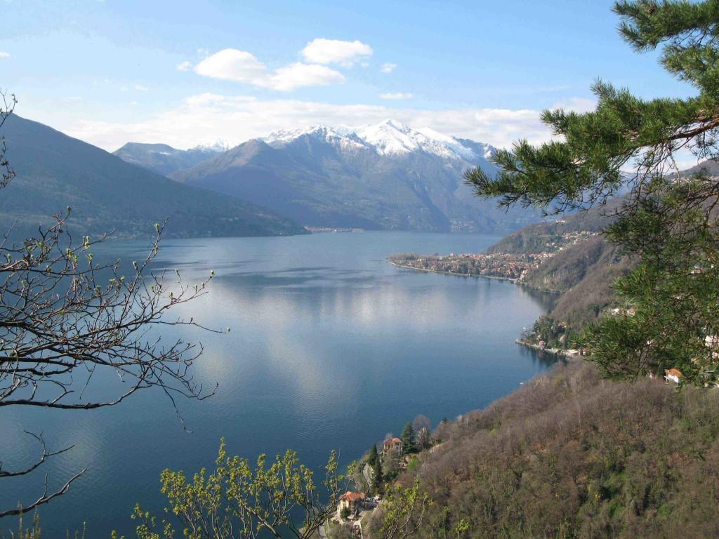 Azurové Lago Maggiore